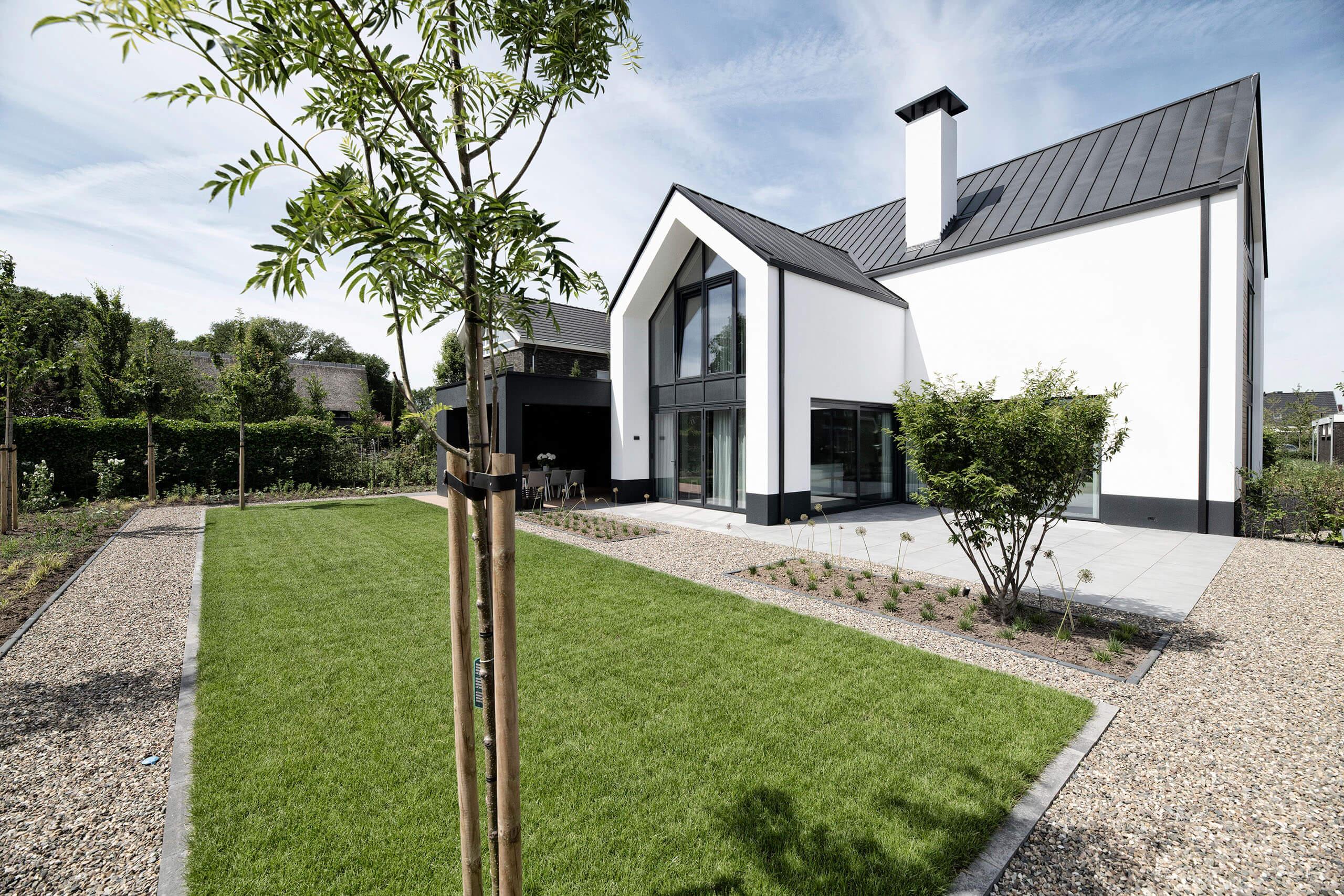 Moderne architectuur vastgoedfotografie onroerend goedfotograaf architect wit huis vrijstaand